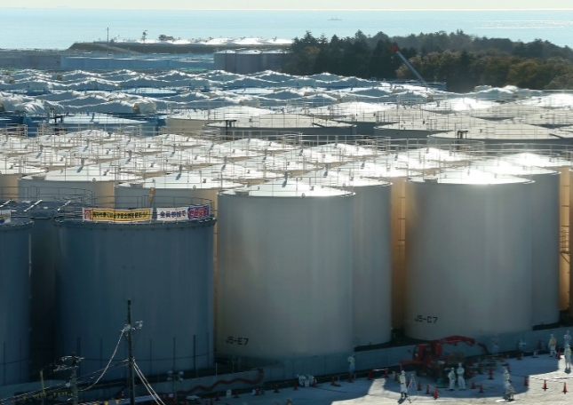 Contaminated water tanks nov 2015.jpg