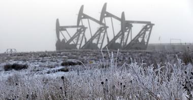 North Dakota oil pumps (Photo courtesy of AP Images)