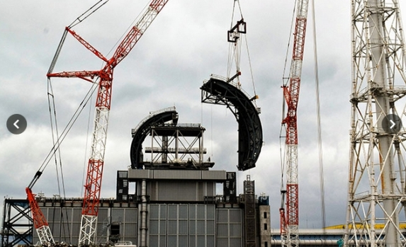 new roof for reactor 3 august 2 2017 2.jpg