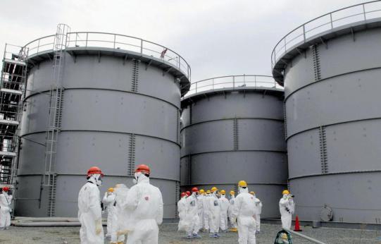 Kyodo-Reuters-water-tank01.jpg