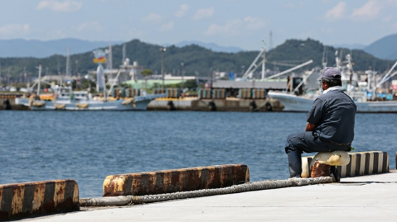 Suspended Fishing Operations At Ports As Fukushima Leaks Prompt Government to 'Emergency Measures'